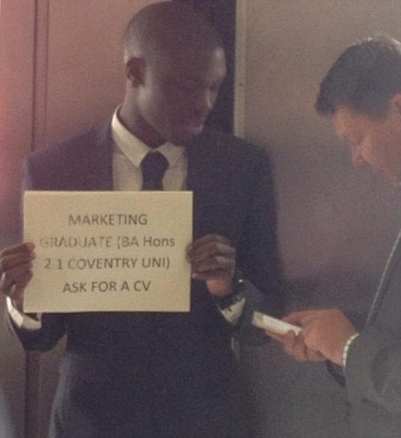 Graduate Alfred Ajani who held up sign advertising himself at Waterloo Station starts gets a job | Mail Online